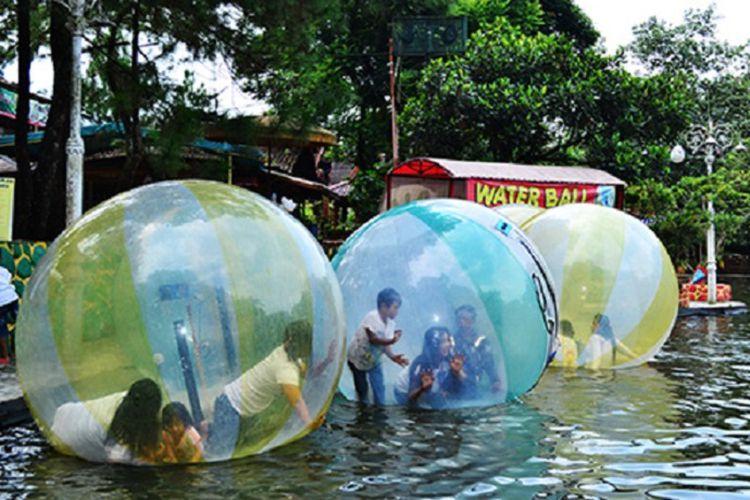 Water Ball Dok Taman Wisata Matahari