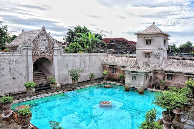 Istana Air Taman Sari Jogja via noyvesto