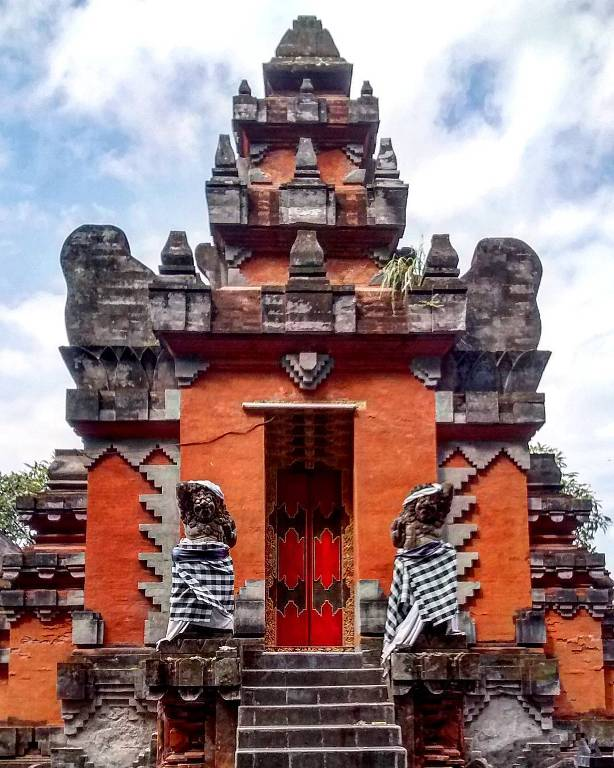 Pura Agung Jagatnatha via IG