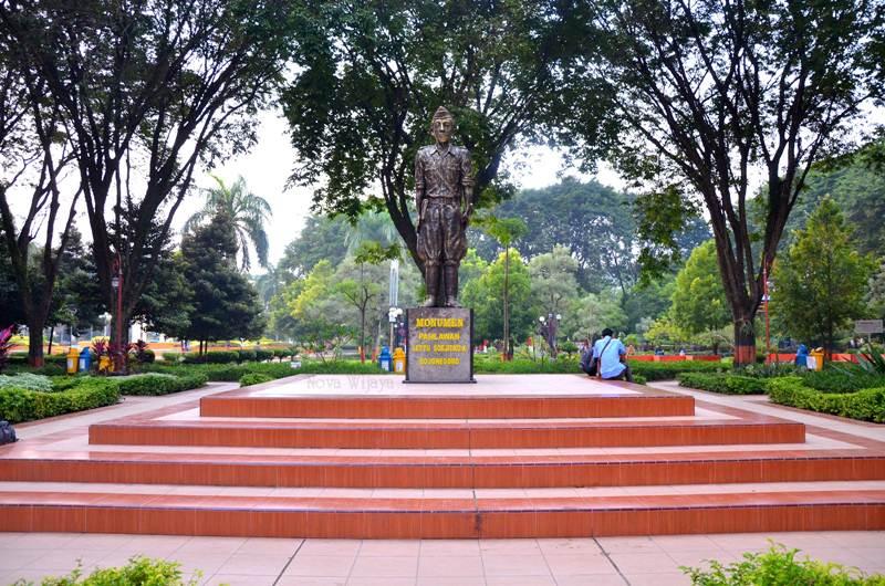 Alun – Alun Bojonegoro via Novawijaya