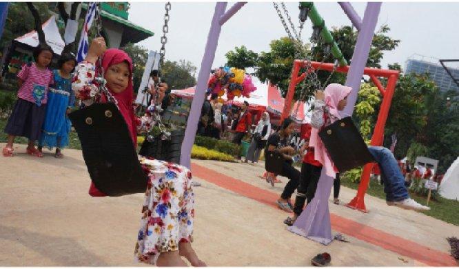 Ayunan di Taman Gajah Tunggal via Tangerangkota
