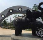Ikon Gajah Raksasa Tiruan via Tangerangtribun