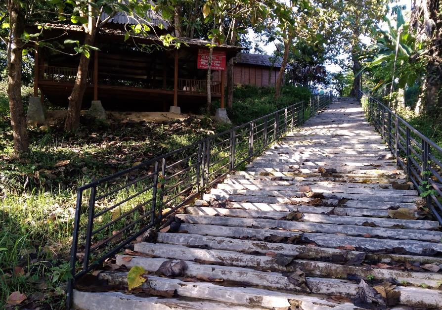 Makam Wali Kidangan Sukorejo via Adigendot