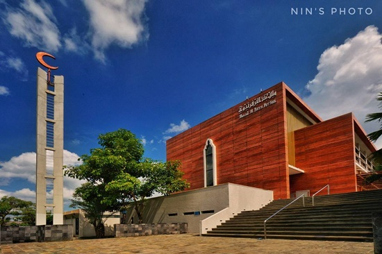 Masjid Al Birru Pertiwi via Ninsphoto