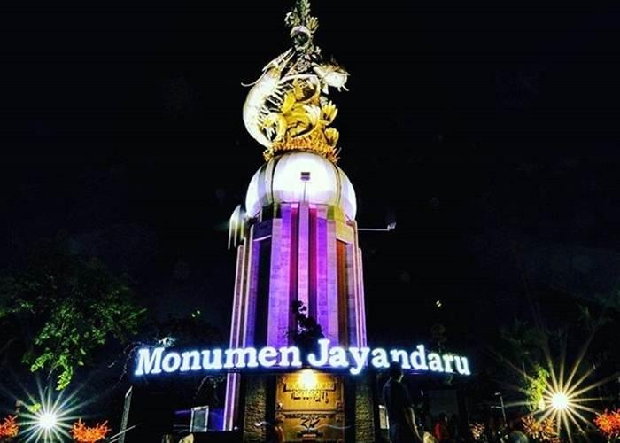 Monumen Jayandaru Sidoarjo via @adysuswanto