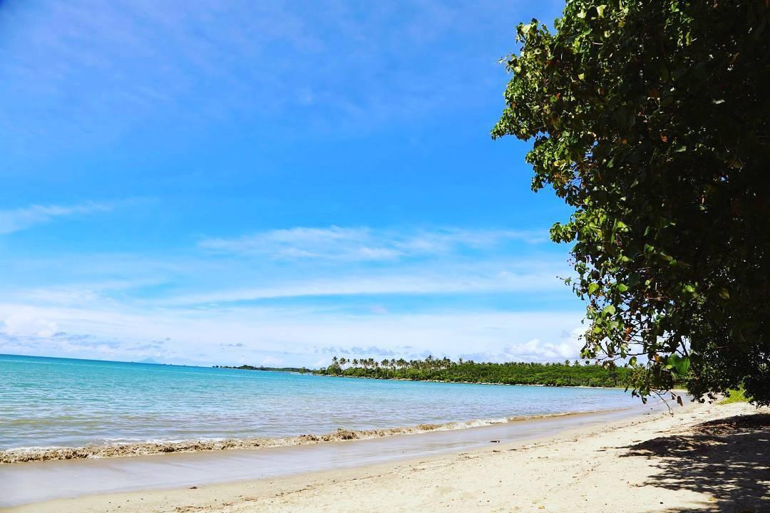 Pantai Ciputih via @Arifmaulanasidiq