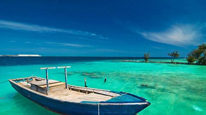 Pulau Jemur via Viva