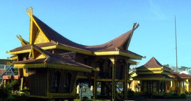 Rumah Lontik