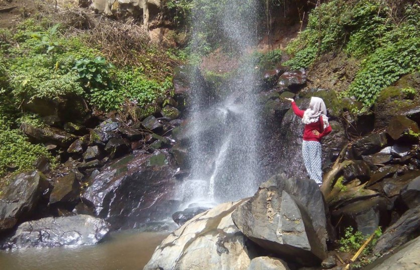 Air Terjun Pulo Agung Bondowoso via @yunikecil11