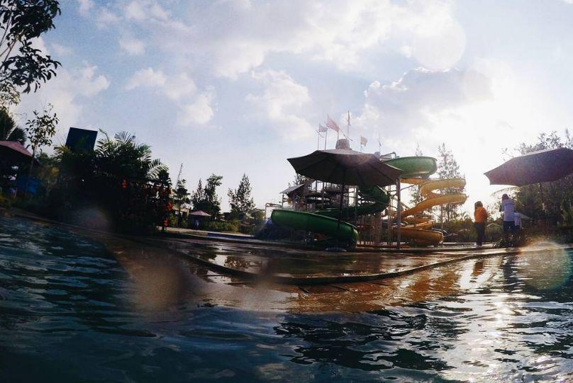 Jogja Bay Waterpark via @galaxykyung