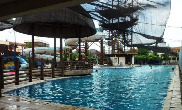 Kolam Renang Waterfun Plaza Marina