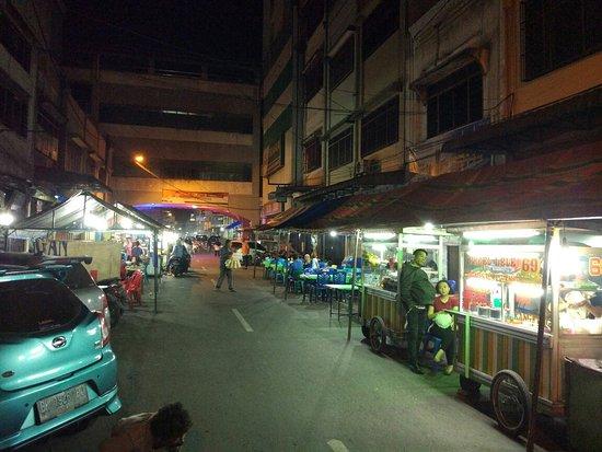 Pasar Kaget Binjai via Tripadvisor