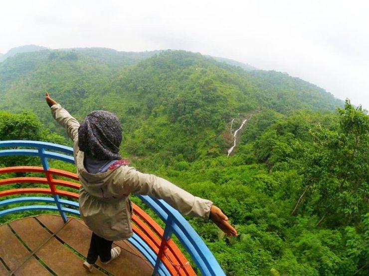 Pemandangan Arak – Arak Bondowoso via @yurin.a.azifa