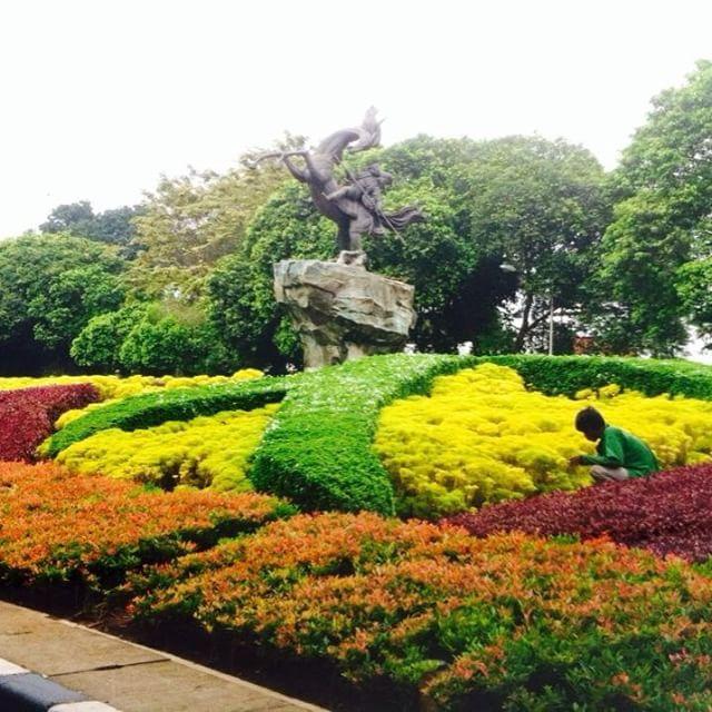 Taman Bunga yang Indah via Fb