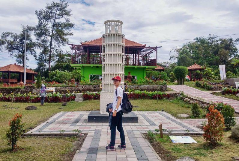 The World Landmarks Merapi Park via @toobangadoo