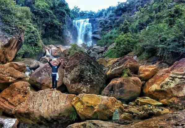 Air Terjun Sunggah via @frizal_hakim