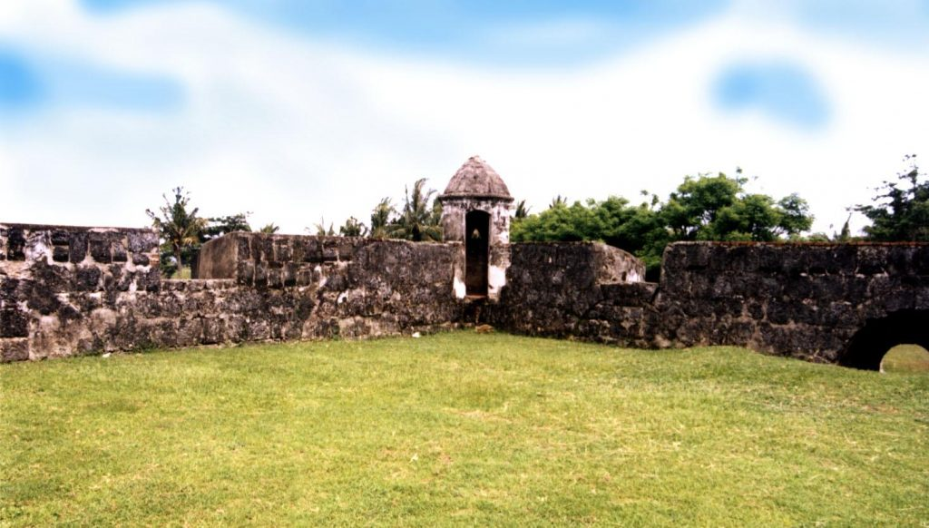 Benteng Speelwijk via Sportourims