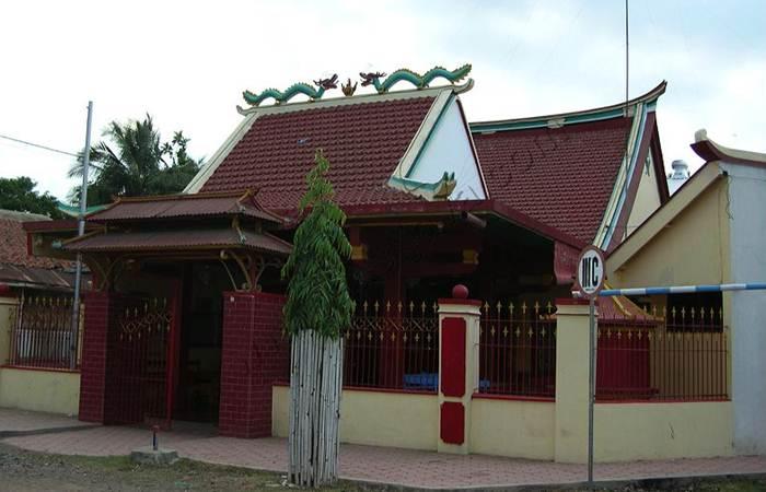 Kelenteng Poo Tong Biaw Situbondo via Eastjava