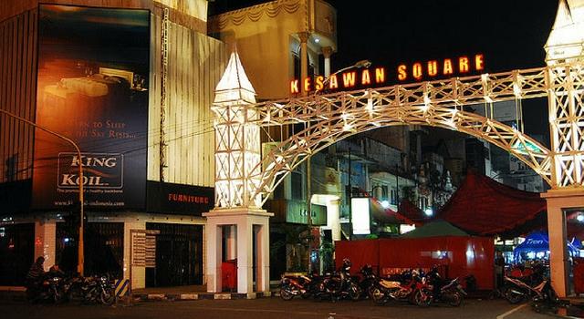 Kesawan Square