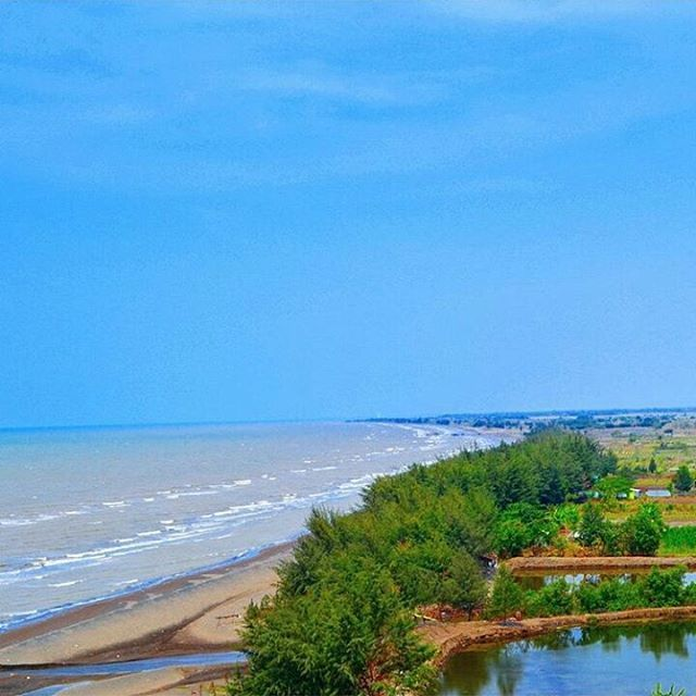 Pantai Jodo Gringsing Batang via IG