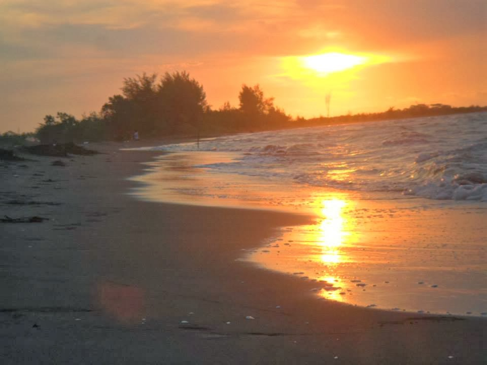 Pantai Sicepit via Kmstour