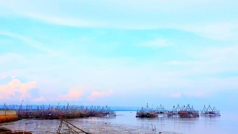 Pantai Talang Siring Pamekasan via @risdyamartha