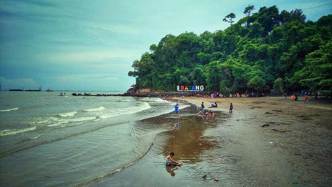 Pantai Ujung Negoro Batang via Aslibatang
