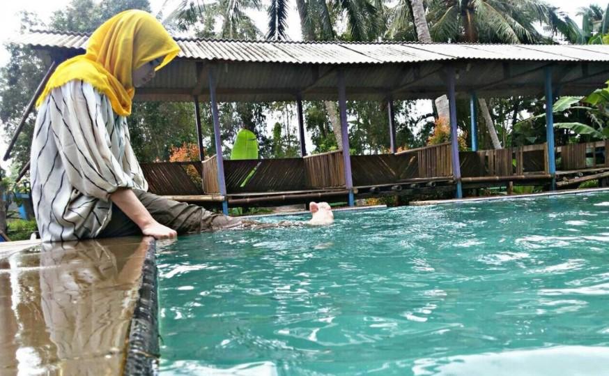 Pemandian Air Panas Kampung Torong via @nufusjaelani