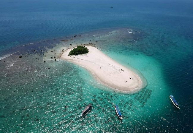 Pulau Badul via @ujungkulon_adventure