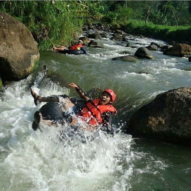 Rivertubing di Kali Lampir via IG