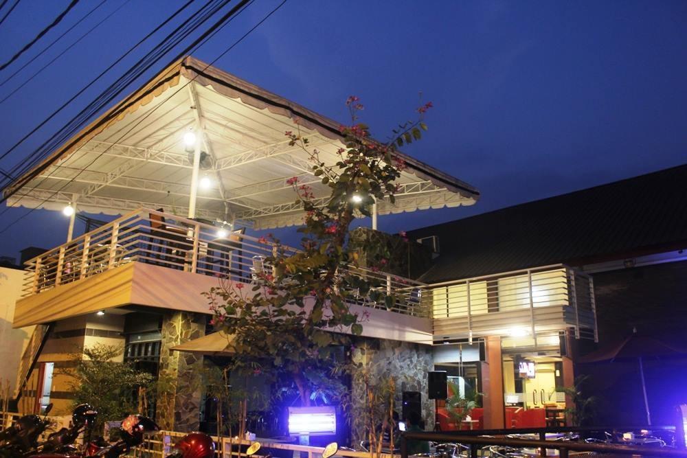 The Stage Cafe via Biartau-info