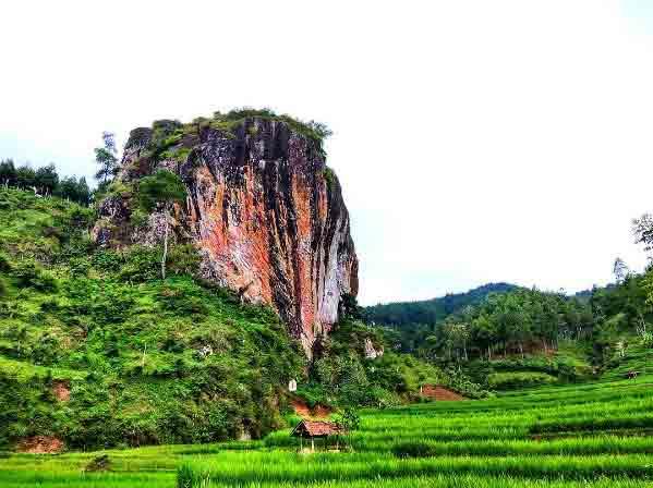 Watu Semaur yang Melegenda via @masgaguk