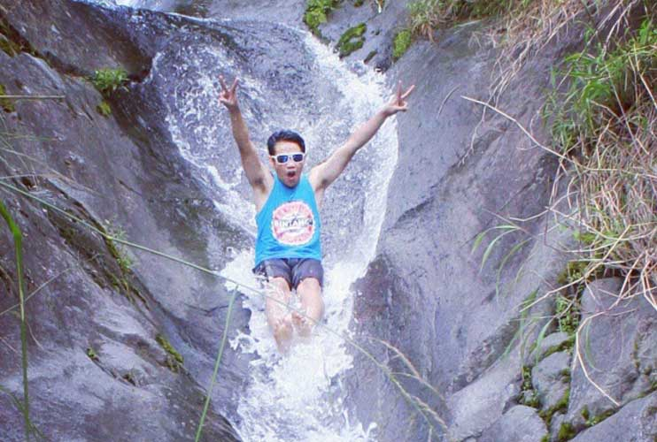Air Terjun Gumandar via @hndri_aremania