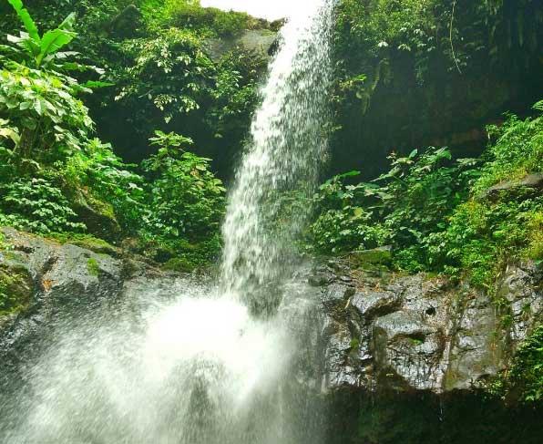 Air Terjun Sumber Nyonya via @elipdeunow