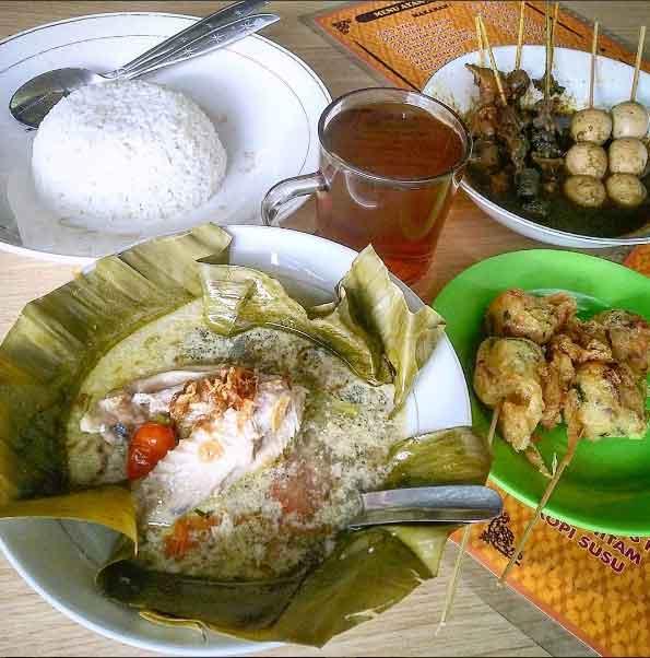 Garang Asem via @kulinerbandoeng