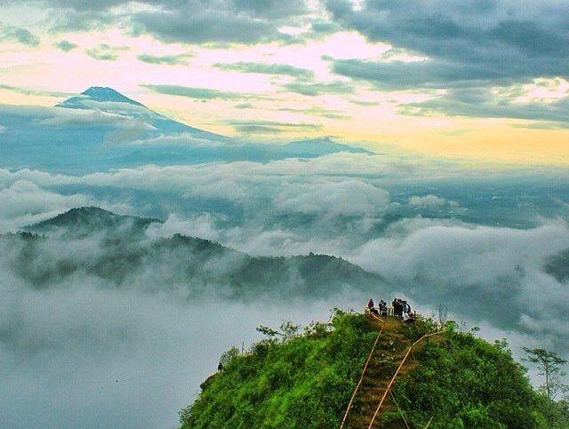 Gunung Kunir via Lelungan