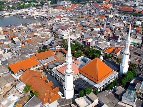 Kampung Luar Batang via Bujangmasjid