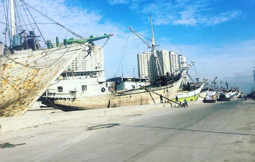 Kawasan Pelabuhan Sunda Kelapa via @theooo18
