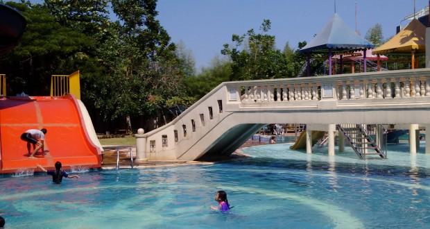 Kolam Renang Citra Garden Waterpark via Wisatamedan