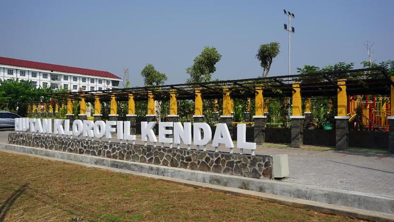 Taman Klorofil via Detik