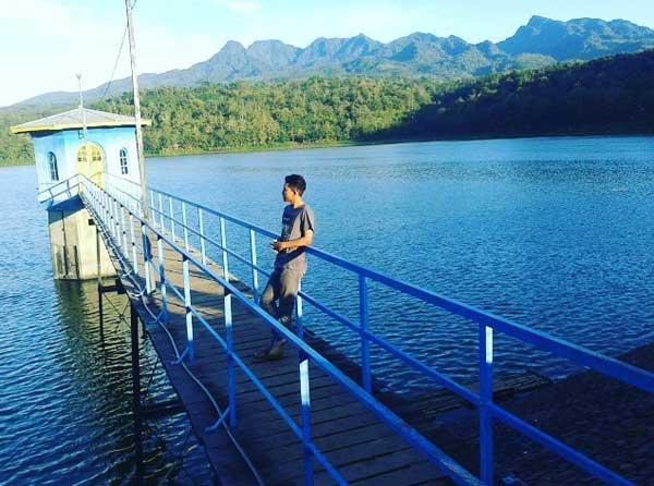 Waduk Gunung Rowo Pati via @daniadip