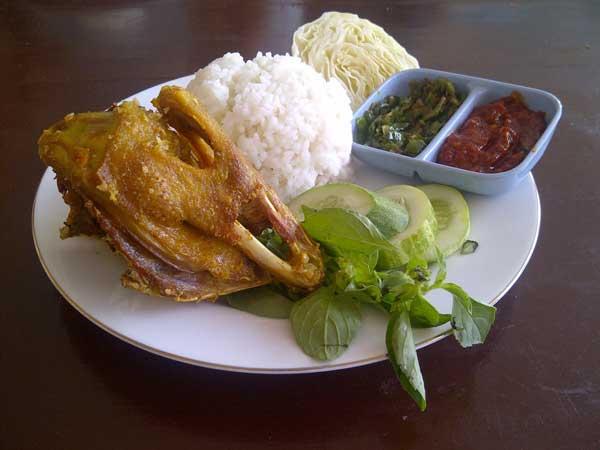 Wisata Kuliner Bebek Goreng Warung Dargo via Misterlalu