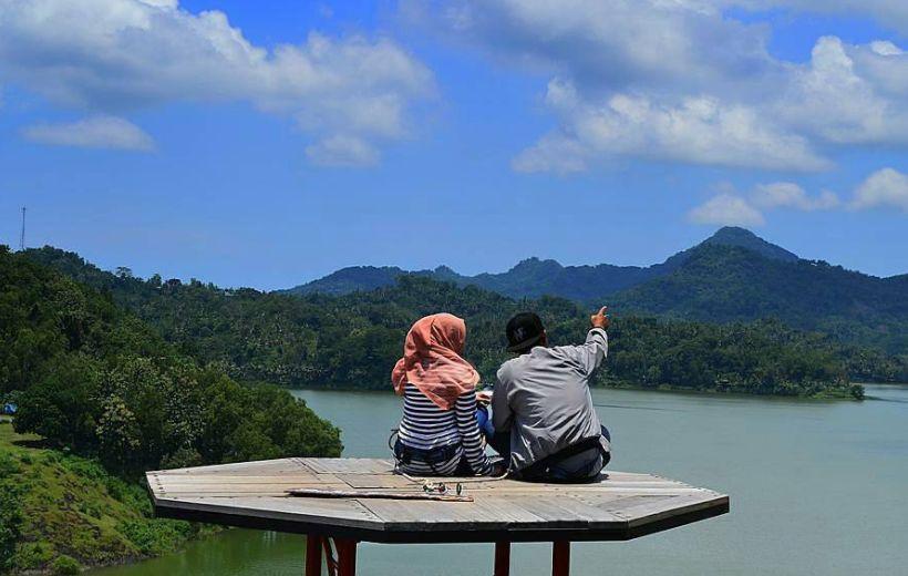 Bukit Jangkang via @iknsan_jw