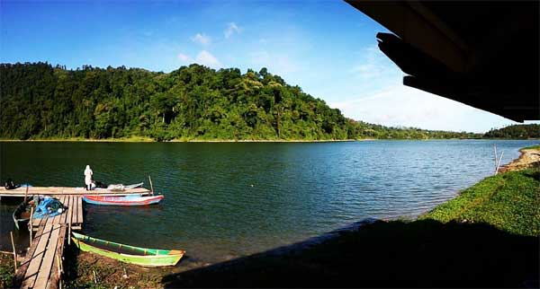 Danau Aneuk Laot via @arta_travel