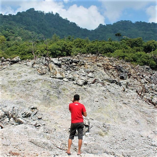 Gunung Jaboi via piyohdesign