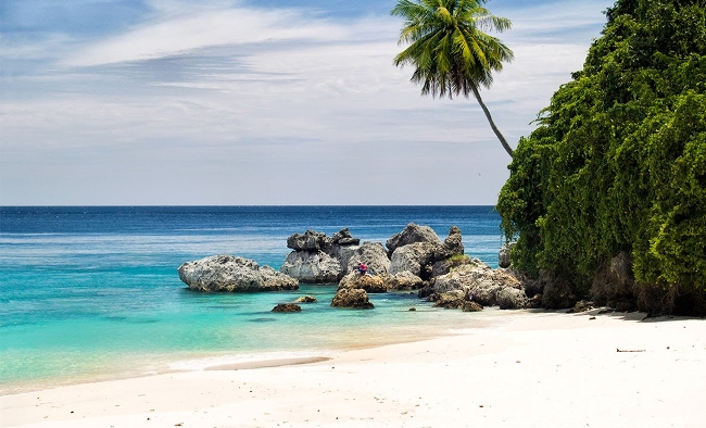 Pantai Kasih via Wisatamu
