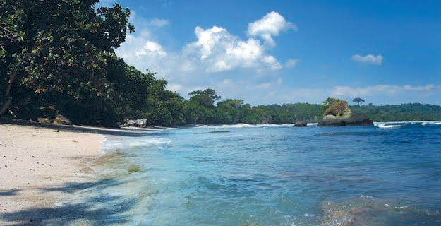 Pantai Keramat Pandan via Bolehtanya