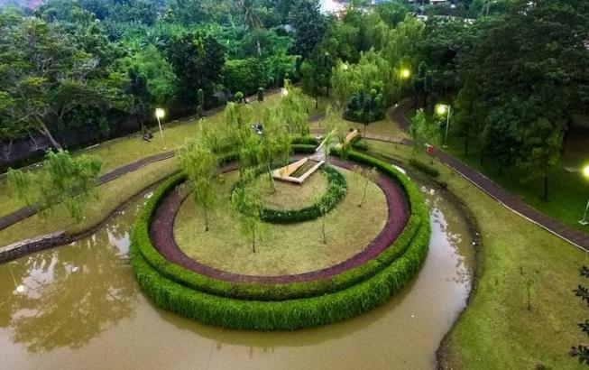 Taman Cattelya Jakarta via @donandantino