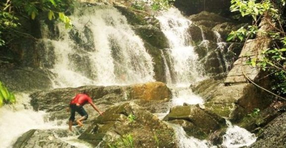 Air Terjun Piramida via Acehtimecom