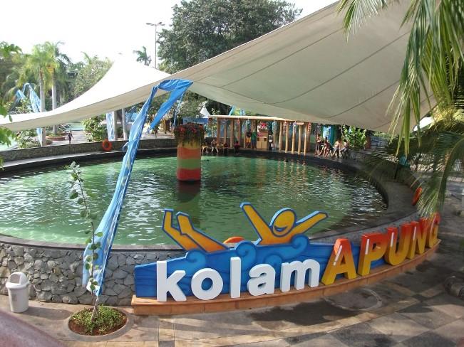 Kolam Apung